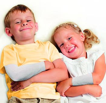 Neurodermitis - Kinder mit fett-feuchtem Verband